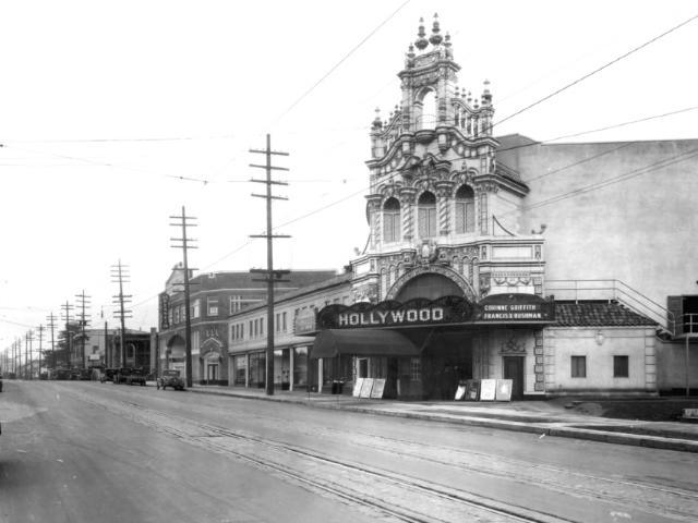 early-hollywood-theatre-photo-1926